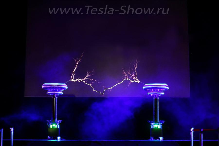 Тесла Шоу на корпоратив Презентация Автомобиля Феррари