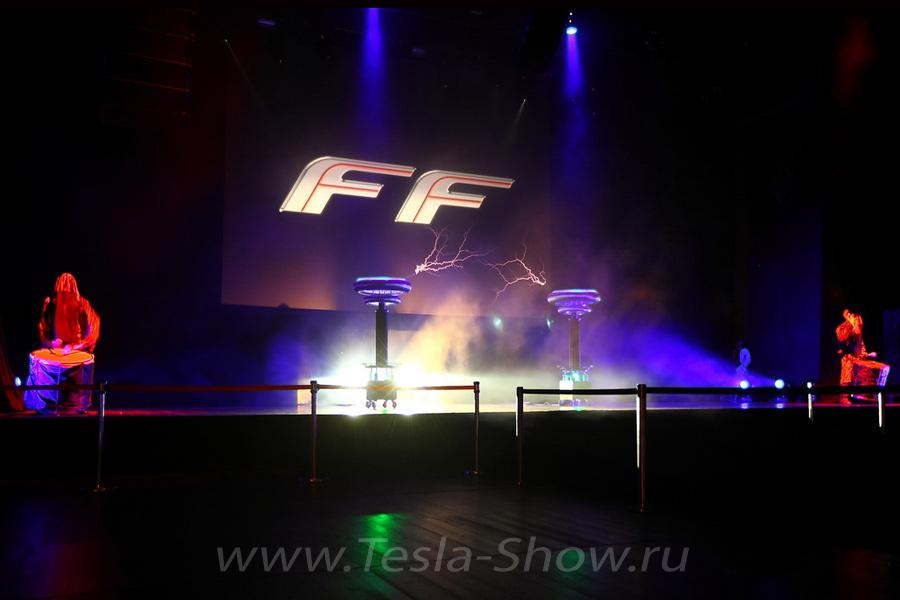Тесла Шоу Презентация Автомобиля Феррари